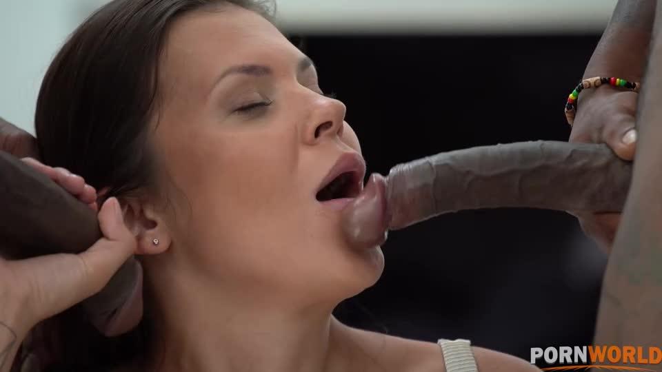 [PornWorld] Cuck Husband DPs Horny Slut Wife with Pool Cleaner in Interracial Threesome GP2037 - Verona Sky (DP)/(Brunette)