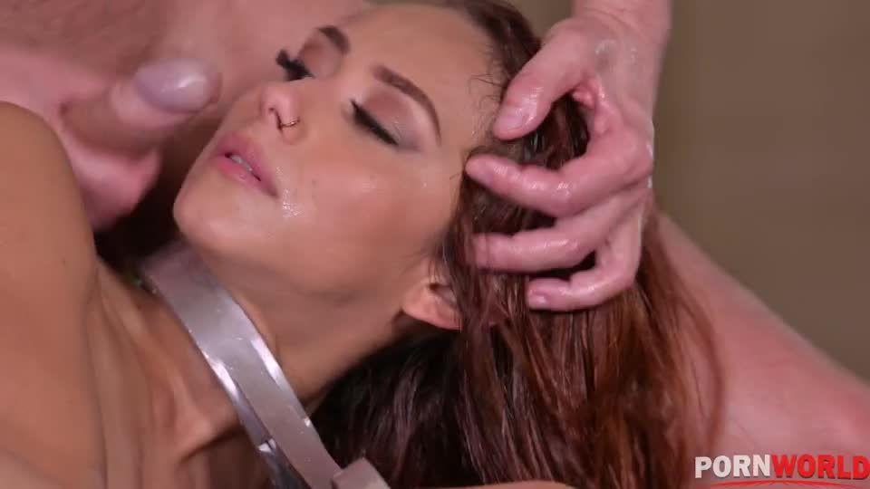 Cock Addict Veronica Stuffed Airtight in Hardcore BDSM Punishment (HandsOnHardcore / PornWorld) Screenshot 7