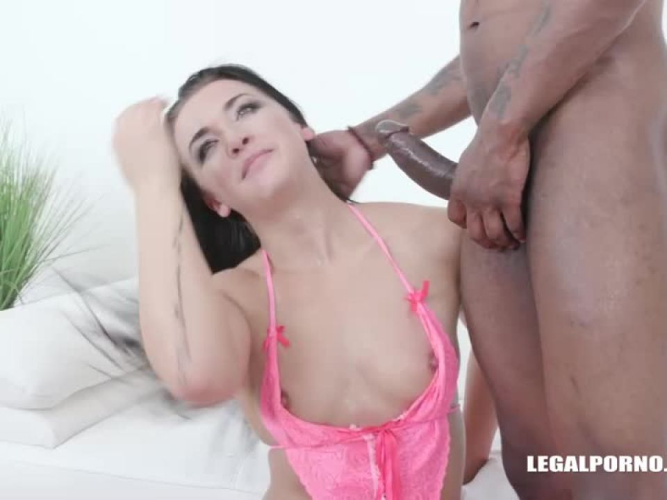 Obedient pissing (LegalPorno) Screenshot 3