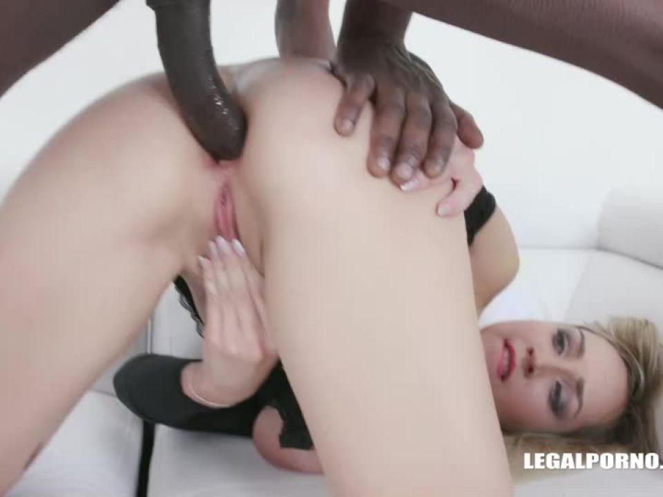 Busty Siya Jey tests black bulls (LegalPorno) Screenshot 0
