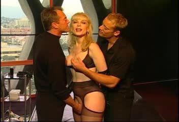 Nina Hartley's Guide to Double Penetration (Adam & Eve) Screenshot 0