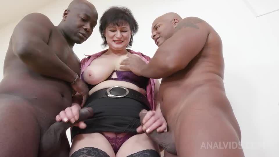 Anal sex with mature MILF KS028 (LegalPorno) Screenshot 0