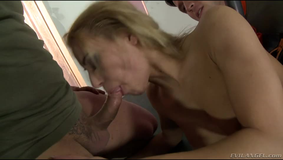 [Evil Angel] Hose Monster 3 - Nikky Thorne (GangBang)/(4M1F)