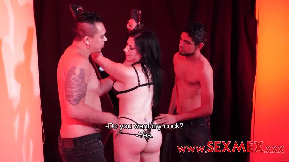 Double Penetration (SexMex) Screenshot 3