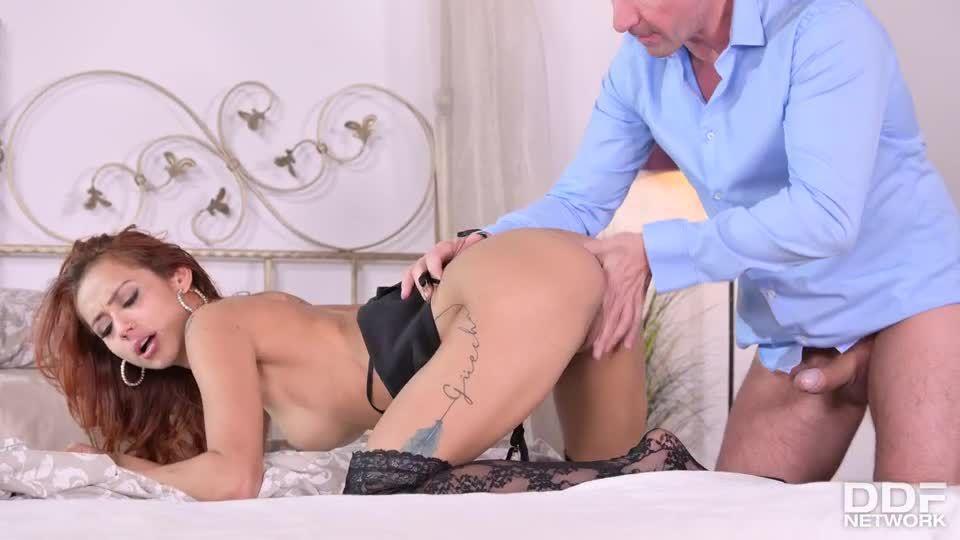 Lovely Latina Takes Turns Pleasing Her Lover & Her Hubby (HandsOnHardcore / PornWorld) Screenshot 4