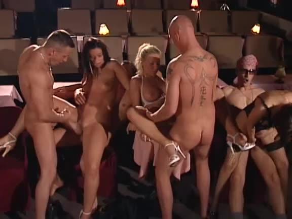 [Magma] Cabaret der Lust - Maria Mia, Susi Hotkiss, Fabienne Cesar (Orgy)/(Blonde)