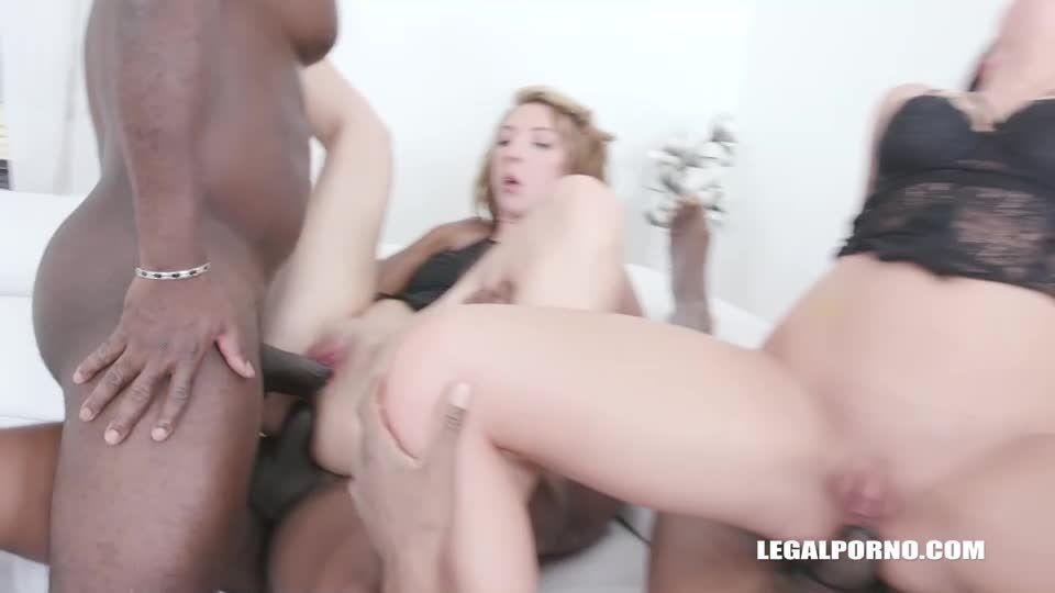 Two bitches enjoy sex with 3 BBC (LegalPorno) Screenshot 6