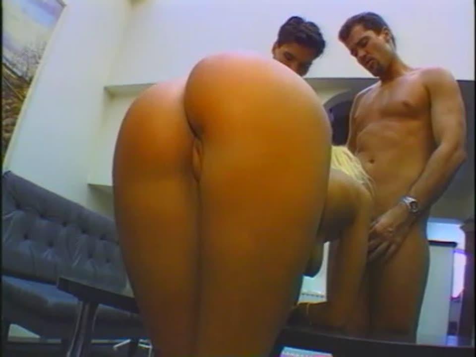 Hot Babe Double Penetration
