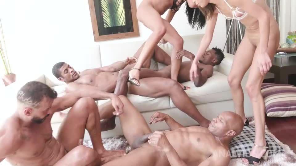 Brazilian sluts fisting each other's ass before DP and DAP YE113 (LegalPorno / AnalVids) Screenshot 7