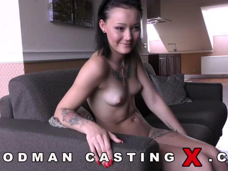 Zee Twins – Casting X 214 (WoodmanCastingX) Screenshot 4