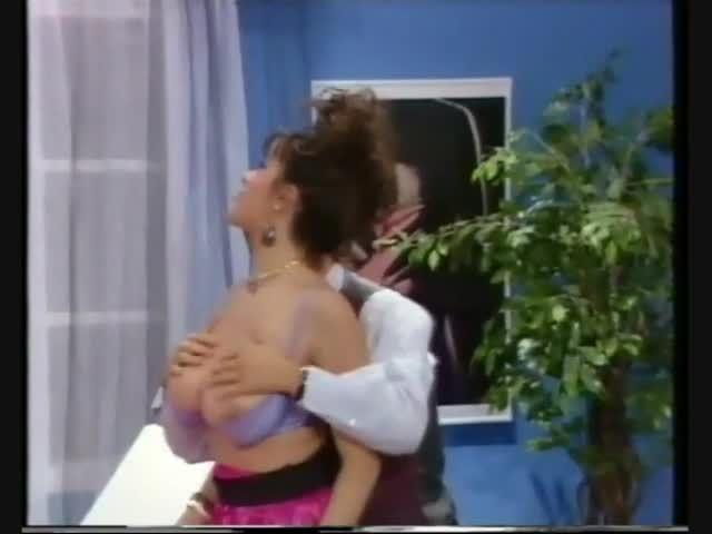 Behind the Walls of Lust (VTO) Screenshot 1