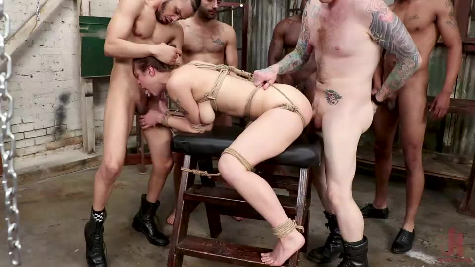 [BoundGangBangs / Kink] Cute Delivery Girl Gets Dp'd for the First Time by Horny Customers - Sailor Luna (GangBang)/(Brunette)