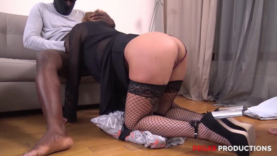 BBC In Heidi's Ass (PegasProductions) Screenshot 3