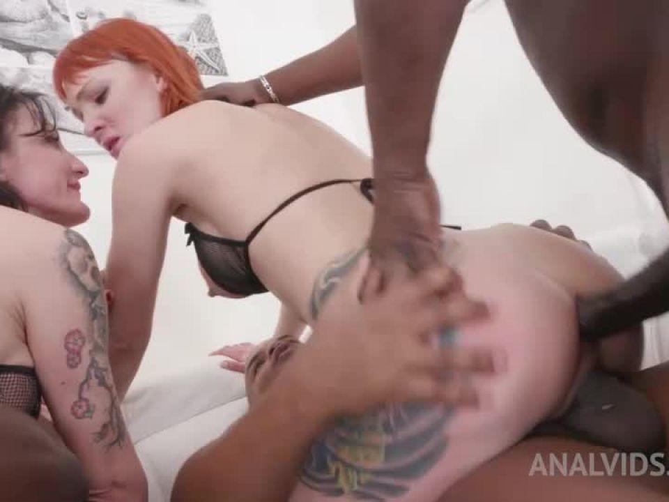 Kinky orgy for bad bitches KS001 (LegalPorno) Screenshot 3
