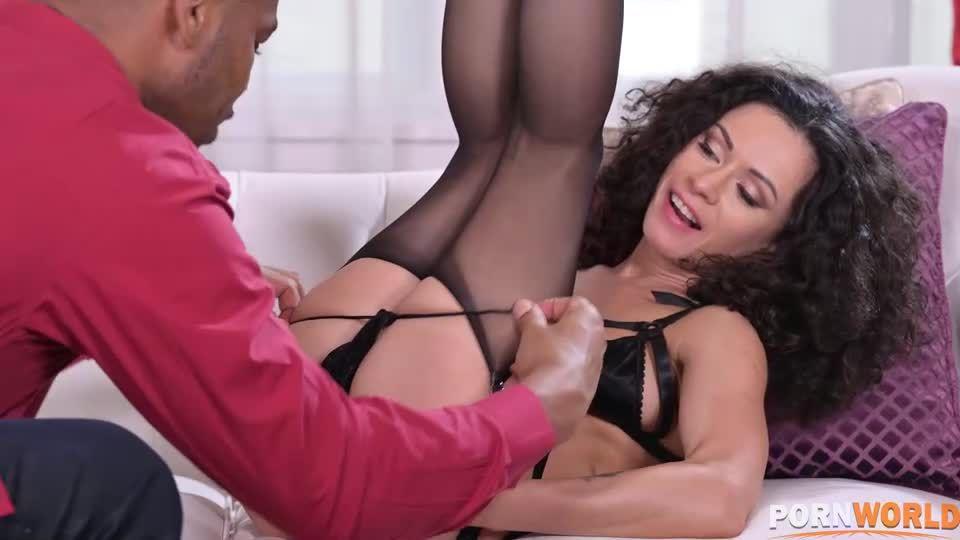 Cuck with BBC Lets 2 Strangers DP his Slut GF (HandsOnHardcore / PornWorld) Screenshot 1