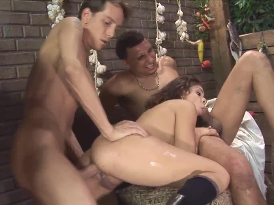 Girl Pirates 2 (Metro) Screenshot 6