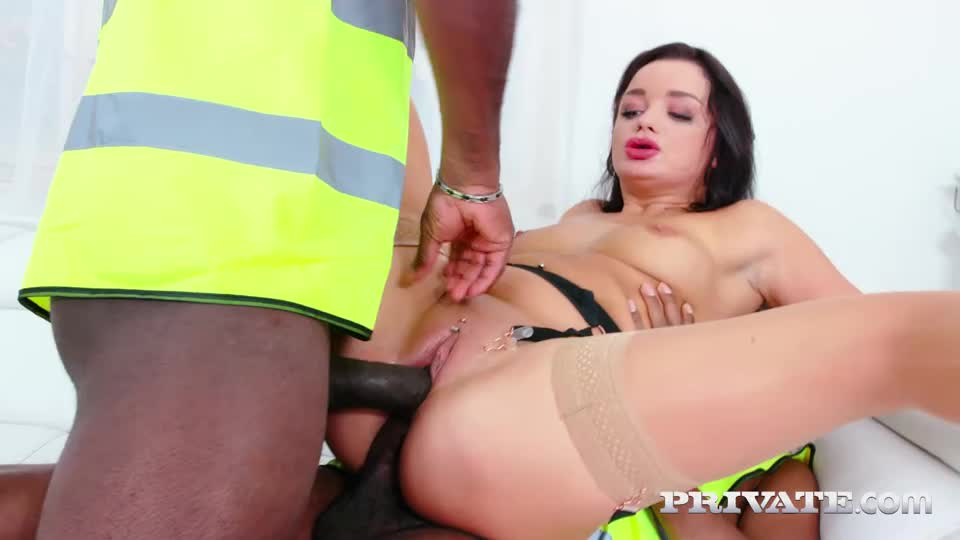[AnalIntroductions / Private] Gonzo Threesome With DP - Daphne Klyde (DP)/(Brunette)