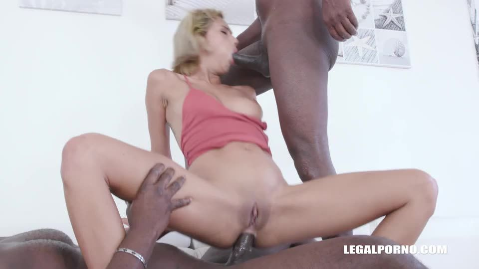 Who said Veronica Leal cant take two cocks in the ass (LegalPorno) Screenshot 5