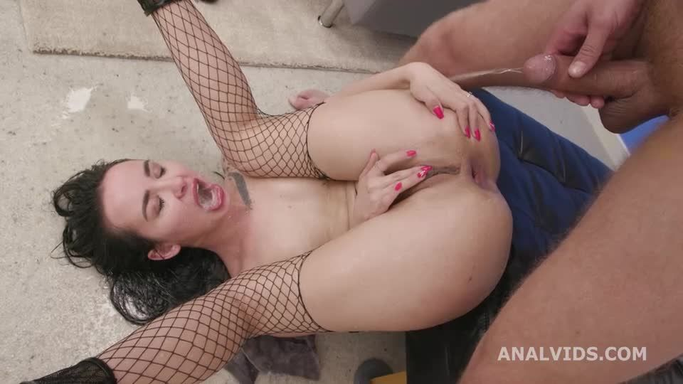 Diving in Pee, ATM, DAP, Pee Drink, Swallow (LegalPorno / AnalVids) Screenshot 8