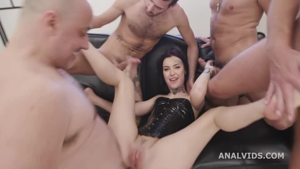 Naked Barefoot, Balls Deep Anal, Gapes, DAP, ATM and Swallow (LegalPorno / AnalVids) Screenshot 3