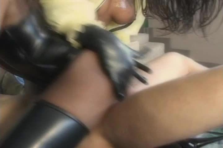 Anal Divas In Latex (Heatwave) Screenshot 5