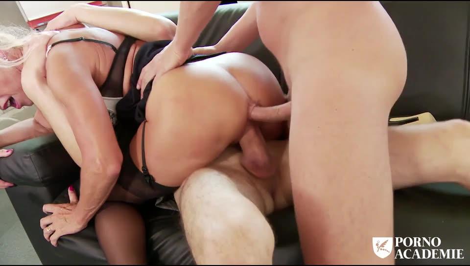 [PornoAcademie / PornDoePremium] Busty French mature enjoys anal sex with DP in threesome - Marina Beaulieu (DP)/(MILF)