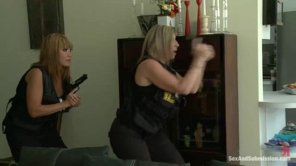 The Big Bust 2: Drug Lords Take Revenge (SexAndSubmission / Kink) Screenshot 1