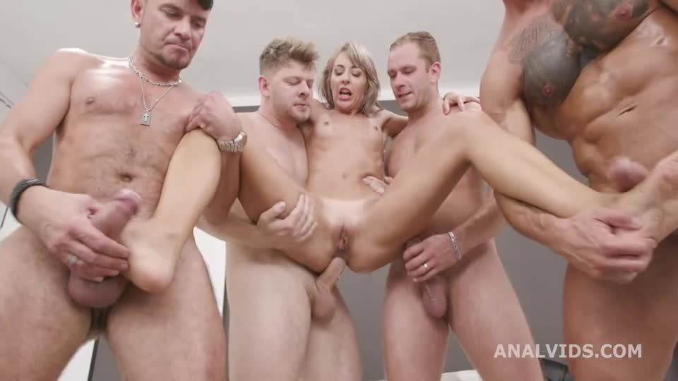 [LegalPorno / AnalVids] Naked Barefoot, Feet Play with Balls Deep Anal, Gapes and Swallow - Vicky Sol (GangBang)/(Natural Tits)