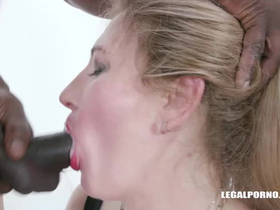 Fucked by black bulls (LegalPorno) Screenshot 5