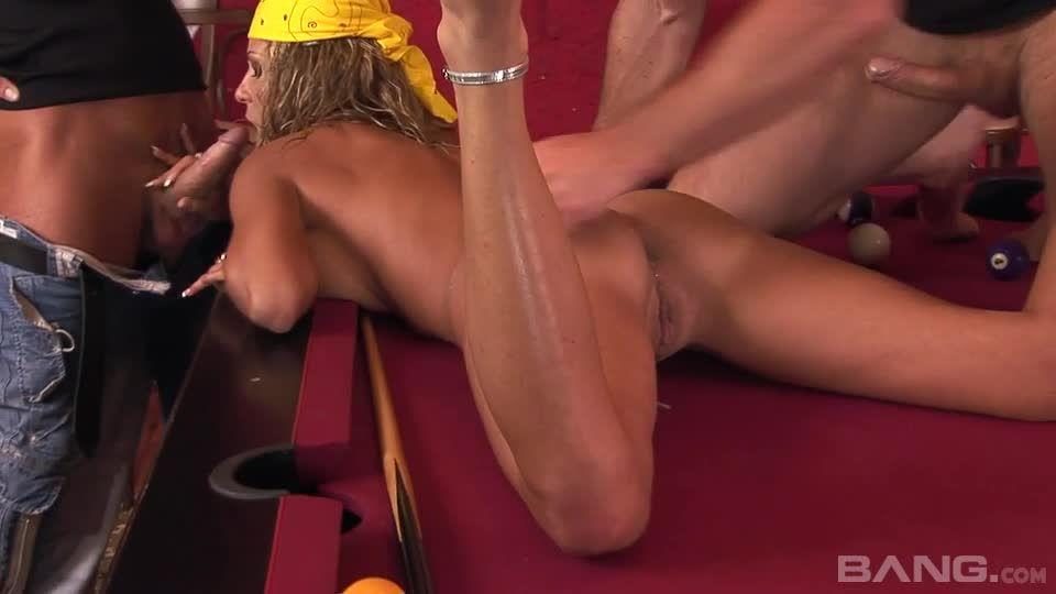 Sex Carnage 3 / Woodman Casting X 86 (Woodman Entertainment) Screenshot 2