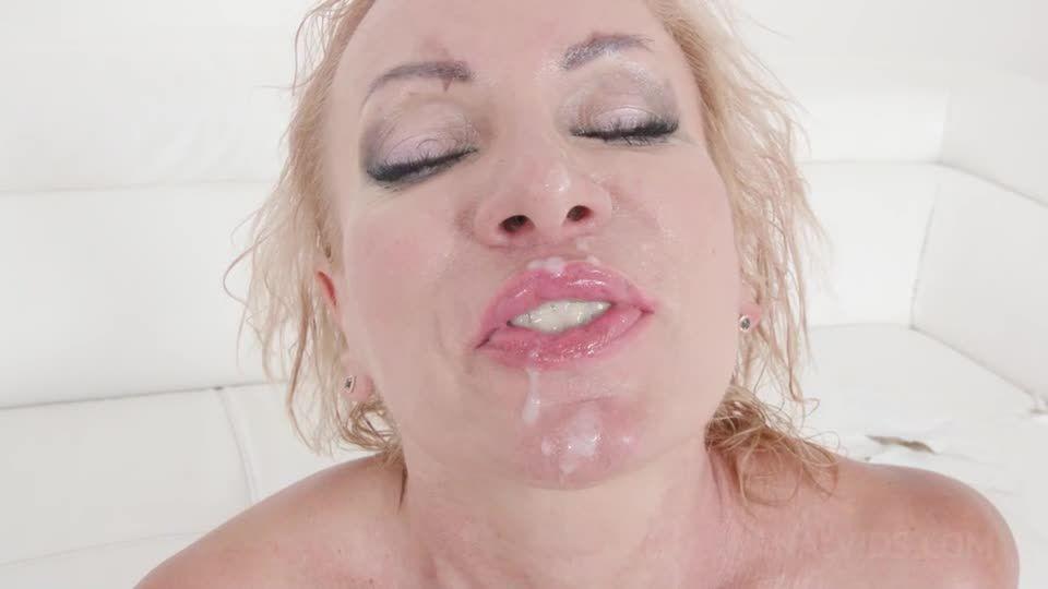 Kinky interracial DP with milf slut KS138 (LegalPorno) Screenshot 9