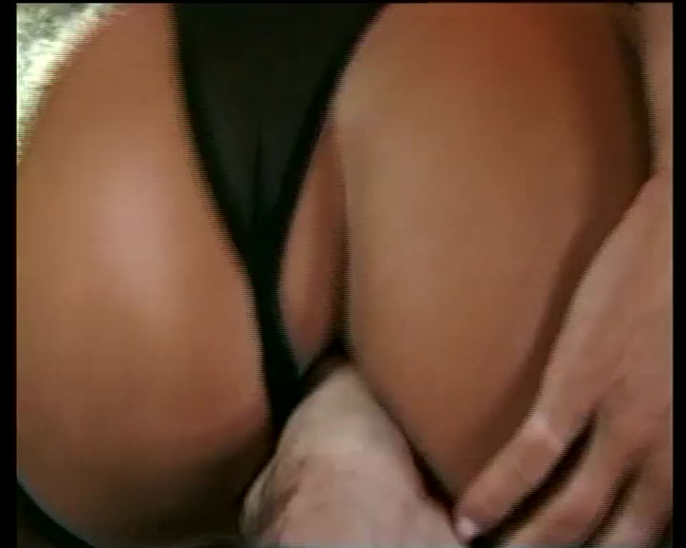 Hustler XXX 4 (Hustler Video) Screenshot 4