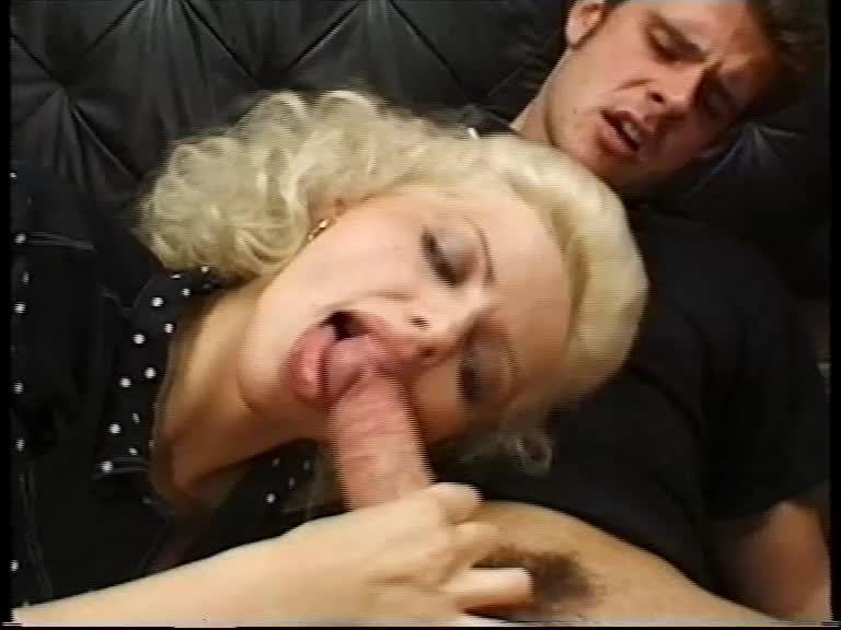Fruhe Sinnlichkeit / Teenies 54: Frühe Sinnlichkeit (XY Video) Screenshot 1