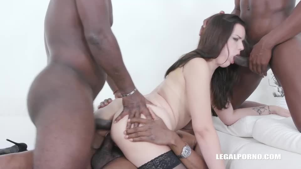 Obedient slut enjoys pissing and anal sex with with black guys (LegalPorno) Screenshot 7