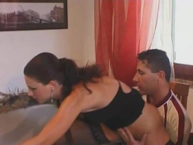 Dirty Girl Gangbang 2 / Golosita Anale (NJ Films) Screenshot 1