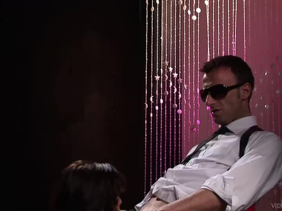 Double Protection (Bluebird Films) Screenshot 1